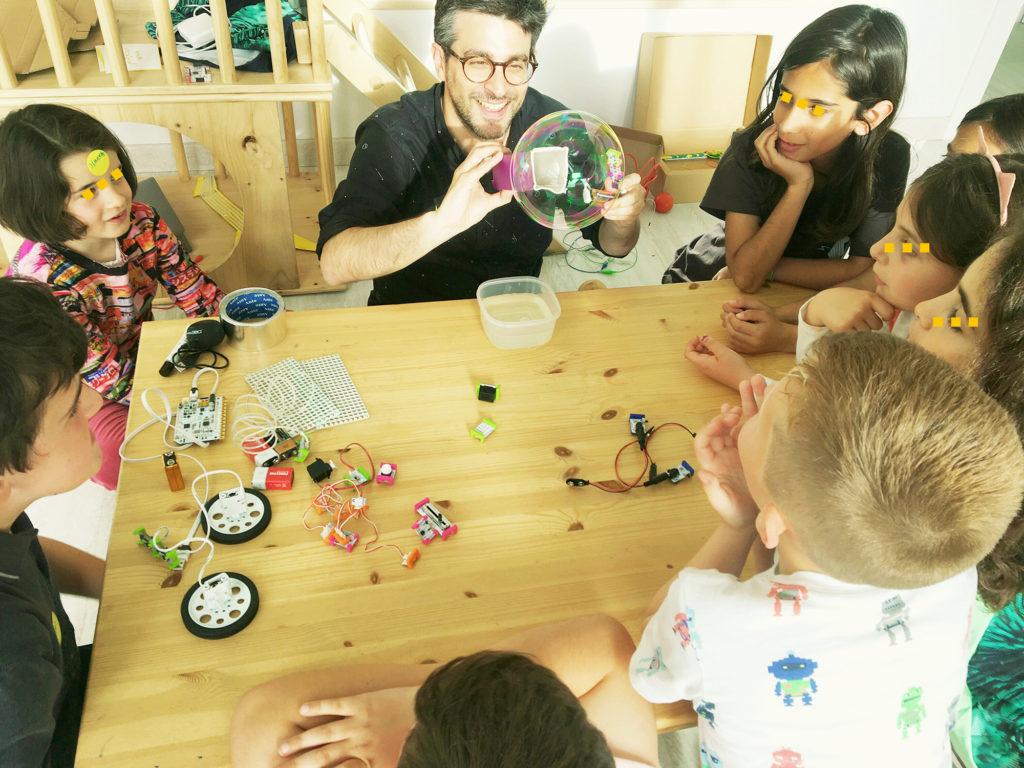 Taller de los inventos Rizomas - Hogar Montessori